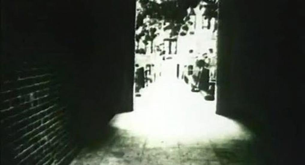 Light Movement 22: Larry Gottheim