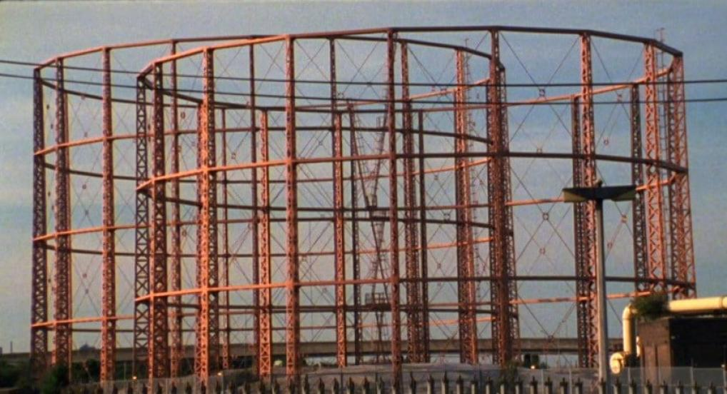 Gasometers Part 2 (Nicky Hamlyn, 2015)